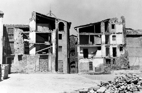 Banc de la Memoria_El centre d'Isona després de la Guerra Civil